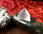 Rare Stunning Flashy Mini Selenite Pyramid Crystal Reiki Healing Crystals Chakra Loose Gemstones Wands