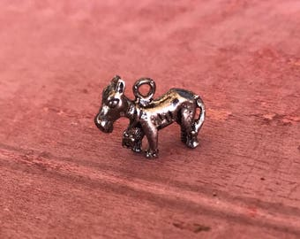 Donkey Burrow Sterling Silver Pendant Charm 2g