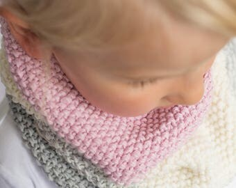 Ombre merino wool knit cowl, tube scarf soft merino wool, knit kids scarf, tubescarf, knit shawl, neckwarmer, knit kids merino