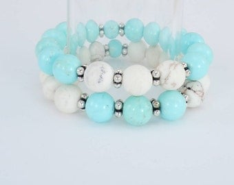 Magnesite and Howlite Bead Bracelets, Stretch Bracelets, Set of two Bracelets, Turquoise Howlite, Matte White Magnesite