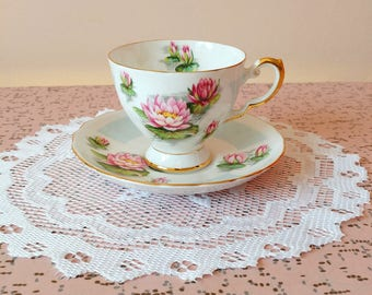 Vintage Tuscan fine english bone china tea cup and saucer set