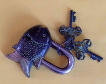 Traditional Fish Door Lock And Keys