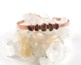 Raw Stone Bracelet, Sapphire Cuff, September Birthstone Jewelry Raw Crystal, Electroformed Cuff, Copper Bangle, Blue Gemstone, Healing Stone