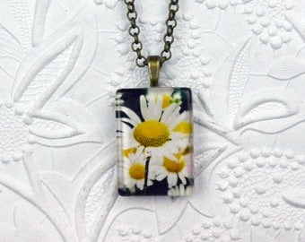 Glass Rectangle Photo Necklace with Daisy Image Daisy Necklace Daisy Jewelry Photo Jewelry Photo Necklace Flower Necklace Flower Jewelry