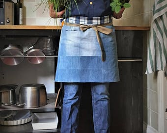 Patchwork waist apron - gardening apron - barista apron - light-blue upcycled denim apron - blue-checkerd cotton lining, seamless pockets
