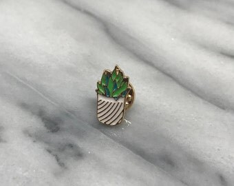 Cactus Enamel Pin for Denim Jacket Women's Clothing Lapel Pin Cacti Succulent Gold Backpack Pin Back to School Accessories