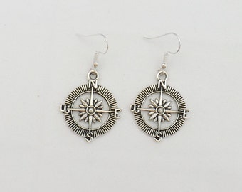 Compass earrings, travelling gift, gap year gift, graduation gift for her, travel lover earrings, sterling silver compass earrings
