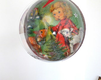 Christmas ornament vintage deco 3D napkins, red and green Christmas decoration,