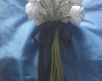 Hand-Tied Rose Crocheted Bouquet