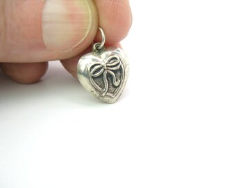 Silver Heart Charm. Sterling Puffy Heart. Embossed Bow Pendant. Repousse Love Token. Vintage 1940s Retro Sweetheart Jewelry