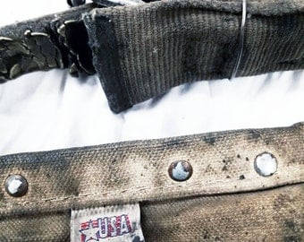 Vintage KLEIN TOOLS POUCH Takes A Beating, Keeps On Going