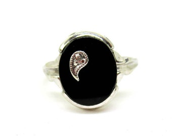 Vintage 10K White Gold Black Onyx With Diamond Ring - Size 7