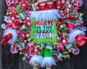 Believe In the Season Elf Deco Mesh Wreath, Elf Wreath, Christmas Wreath,  Elf Hat, Legs, Arms,  Elf Decor, Elves, Door Hangers, Mesh Wreath