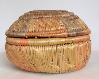 Antique Uganda Basket with Lid -2