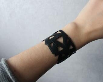 Bicycle inner tube bracelet