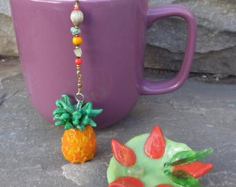 Pineapple Tea Infuser with Tropical Dish - Handmade Tea Trinket Infuser