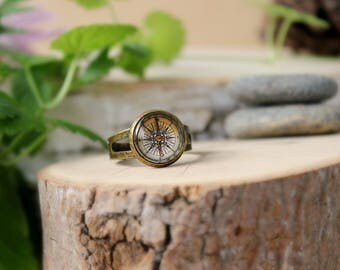 Vintage Compass Ring, Adjustable Ring, Antique Bronze Ring, Glass Dome Ring, Compass Jewelry