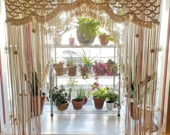 Macrame arch/backdrop