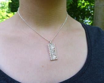 Dicot Leaf Anatomy Pendant - Science Jewelry
