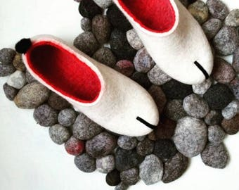 Felted slippers scandinavian modern Women home shoes White Red Natural slippers Eco fashion Traditional felt 100% Wool shoes Woolen clogs