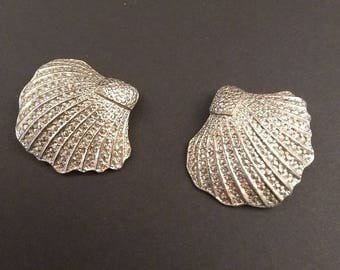 Rare Vintage Silver Metal and Fine Diamante Large Scallop Shell Clip on Earrings