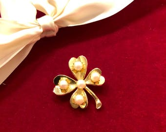 Vintage 14k Gold and Pearl Four Leaf Clover