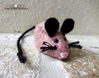Small mouse, stuffed mouse, soft toy mouse, felt mouse, felt stuffed animal
