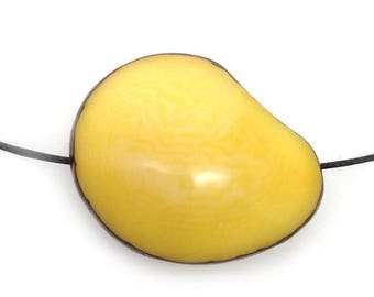 SALE 10% OFF Tagua Nut, flattened yellow, double-sided, 42 mm, 1 S