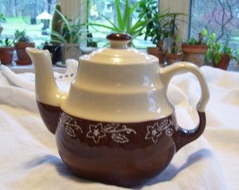 Oxford Stoneware Teapot  Universal Cambridge  Brown White Teapot 1940s Vintage