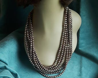 Freshwater pearls necklace six strands