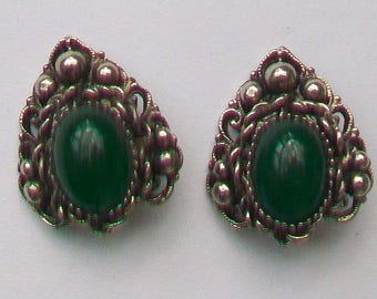 Mid-Century Green Glass Stones in Ornate Silver Tone Clip-On Earrings