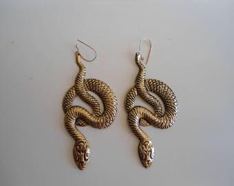 Funky 80s style snake vintage earrings.