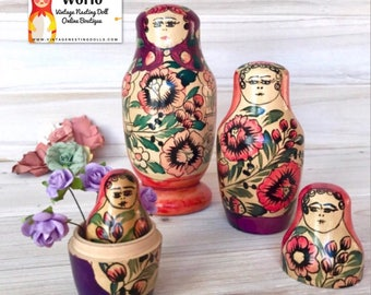 Rare Vintage Nesting Doll, USSR Russian Polkhovsky Maidan Matryoshka Dolls, Babushka Dolls, Matreshka Dolls. Unique Color Sceme.