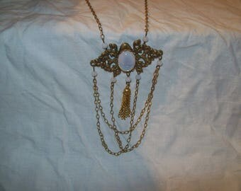 Retro Victorian Swag necklace Moonstone.