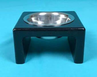 Elevated Cat Feeder With Single Stainless Steel 1/2 Pint Bowl