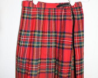"""Clan Laird Scottish wool plaid KILT pleated skirt 26""""waist"""