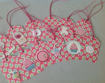 Set of 12 tags tags girly style. Set of 44.