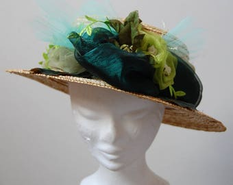 Emerald Green ceremonial hat and anise, chic straw boater