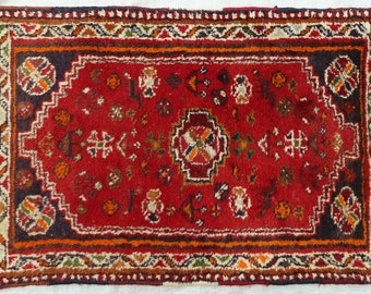 "Antique  Oriental   ""Shiraz "" Luri - Tribal - Rug   2.5 x  2.6 ft  //  100 x 69 cm. ."
