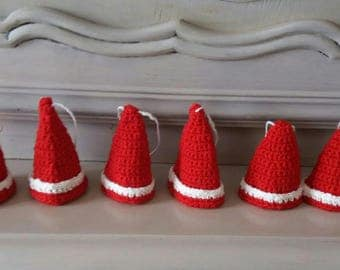 set of 6 mini hats covers eggs crochet red and white
