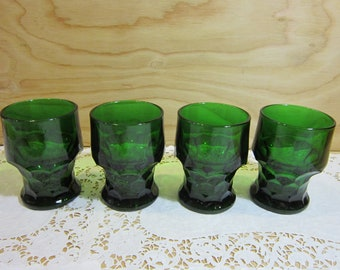 Set of Four Green Drinking Glasses in Honeycomb Pattern