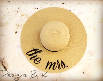 Mrs beach hat, Personalized hat, Straw hat, Monogrammed beach floppy hat, Embroidered hat, Something blue, Bachelorette, Bridal shower gift