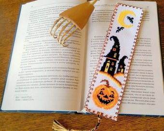 Halloween Bookmark handmade gift - Cute cross-stitch Bookmark SK2-17 Halloween gift Halloween oroginal present