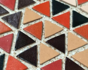 Leather Triangle, 20 mm. (2 cm.), 50 pcs.,  Mixed Colors, Leather Triangle Die Cut, Vegetable Tanned LeatherTriangle, DIY Projects.