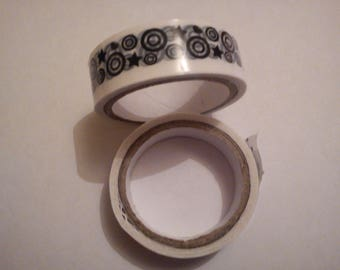 1 masking tape black and white circle and Star