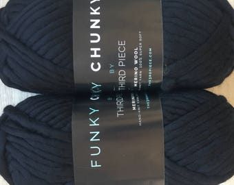 Quick Knit FUNKY CHUNKY Luxe Merino Wool Super Bulky Yarn Black 15.99+1.99ea to Ship - 82yd 200g + Free 4 Quick to Knit Patterns! MSRP 30.00
