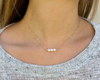 Dainty Pearl Choker Necklace / Gold Choker Necklace / Simple Pearl Choker / Bridesmaid Gift /  Gold Layering Necklace/ Gift for Her / N297