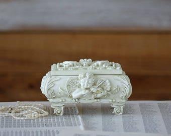 Trinket box with angels Jewelry box White cream jewelry box with angels Resin trinket box
