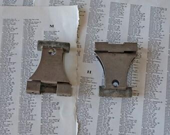 Vintage Kodak negative hanging clips Set of 2 Film hanging clips Strong metal clamp for hanging photographic or negative films 35mm