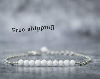 White stone bracelet, White bracelet, Small gift for women, Beauty gift, White agate bracelet, White quartz bracelet, White bead bracelet